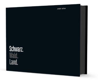 Schwarz. Wald. Land.